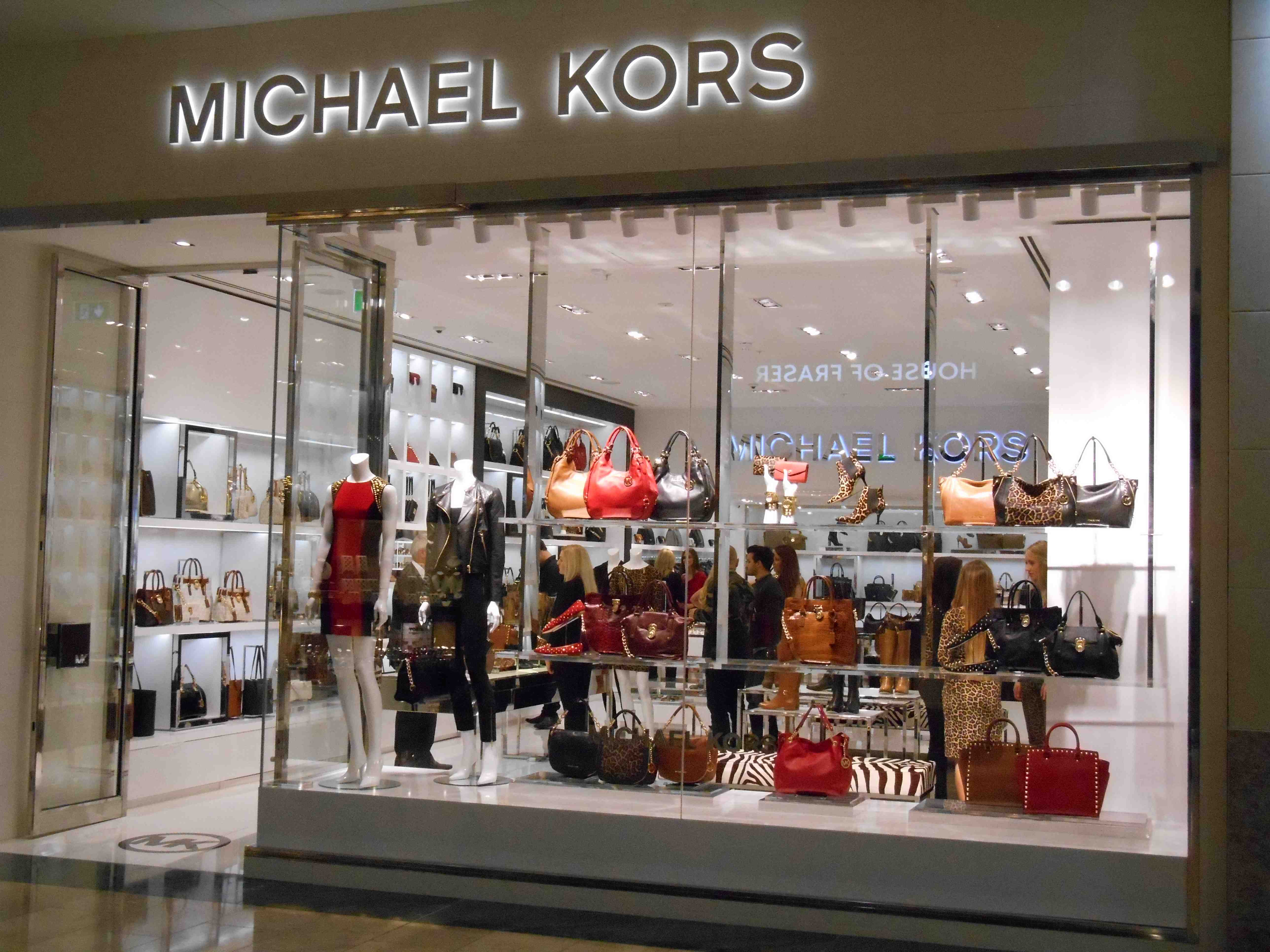 michael kors opens store at dundrum town centre in dublin ireland love this. Black Bedroom Furniture Sets. Home Design Ideas